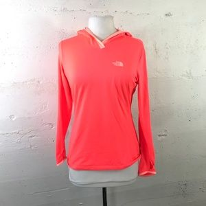 The North Face Women's Flash Dry Pull Over Bright